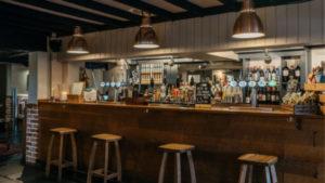 Best Warwickshire Country Pub Bar 1