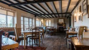 Sunday Roast Warwickshire Country Pub 2 (1)