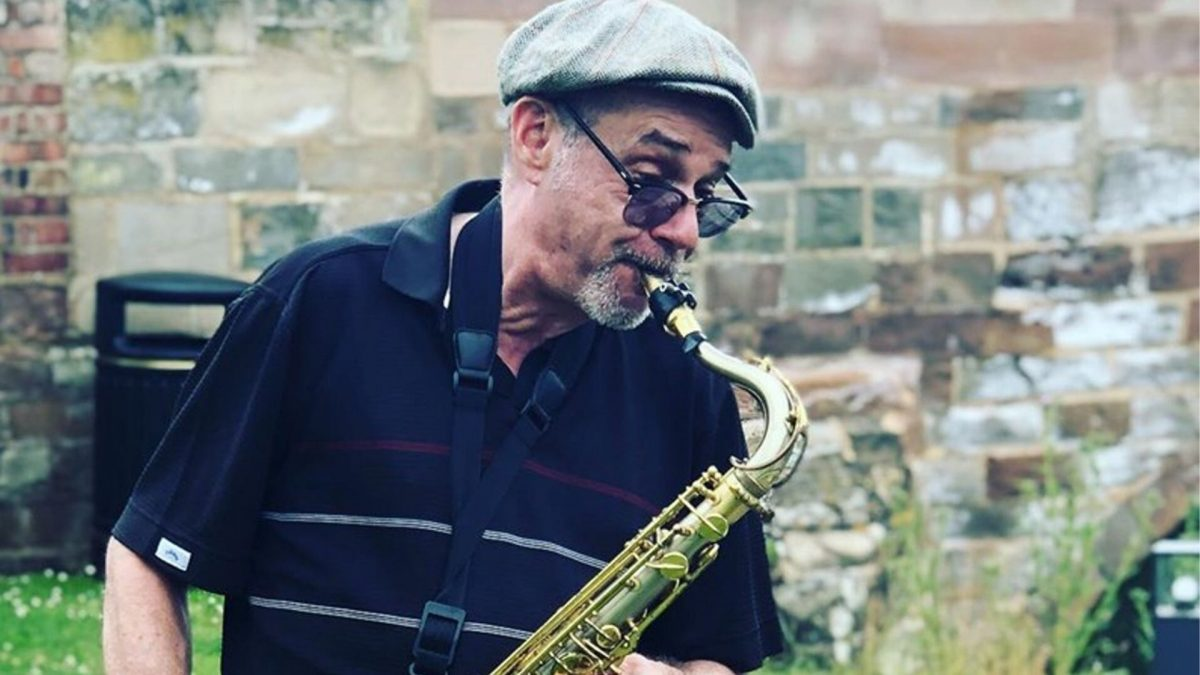 Gary the Sax at The Red Lion Hunningham
